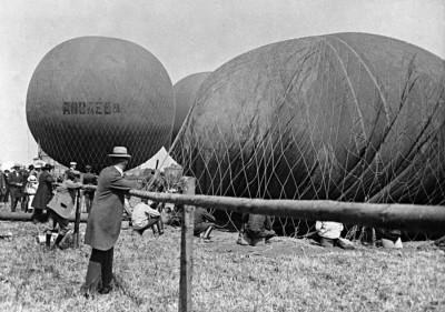 Den Bilden Andree Luftballong Baltiska utställningen