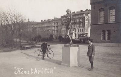Den Bilden Konstkritik Stadsbiblioteket gamla Malmö